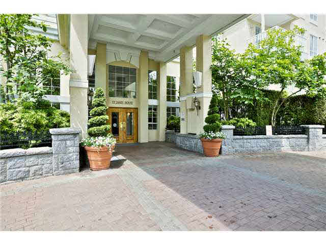 "Main Photo: 302 5835 HAMPTON Place in Vancouver: University VW Condo for sale in ""ST. JAMES HOUSE"" (Vancouver West)  : MLS® # V1128820"
