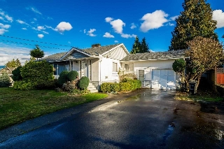 Main Photo: 5550 HALLEY Avenue in Burnaby: Central Park BS House for sale (Burnaby South)  : MLS® # R2125611