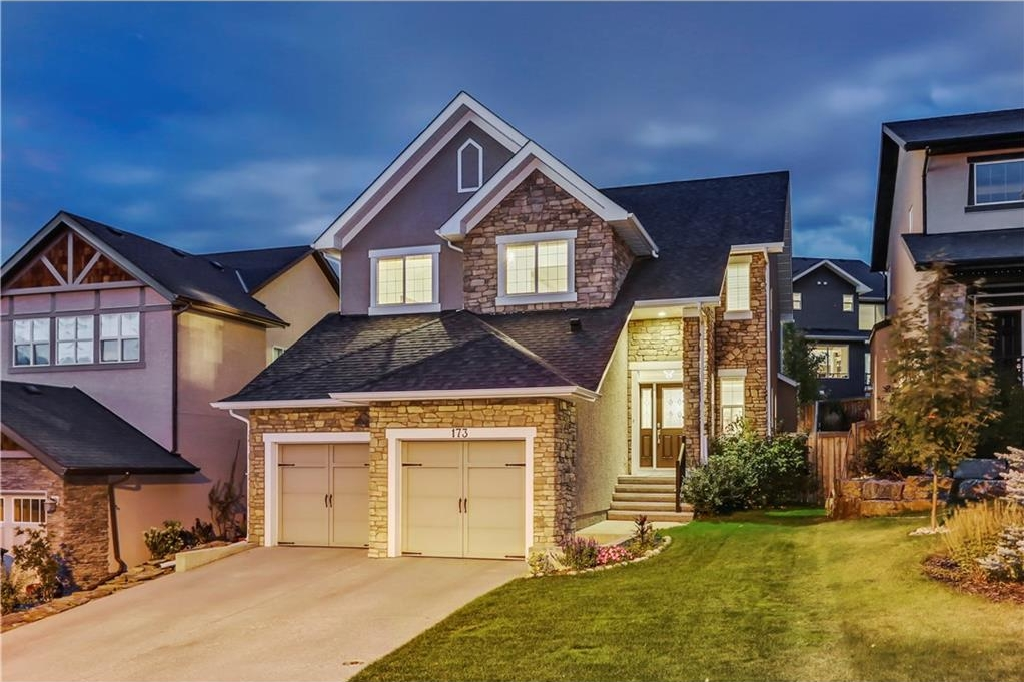 Main Photo: 173 ASPENSHIRE Drive SW in Calgary: Aspen Woods House for sale : MLS® # C4138489