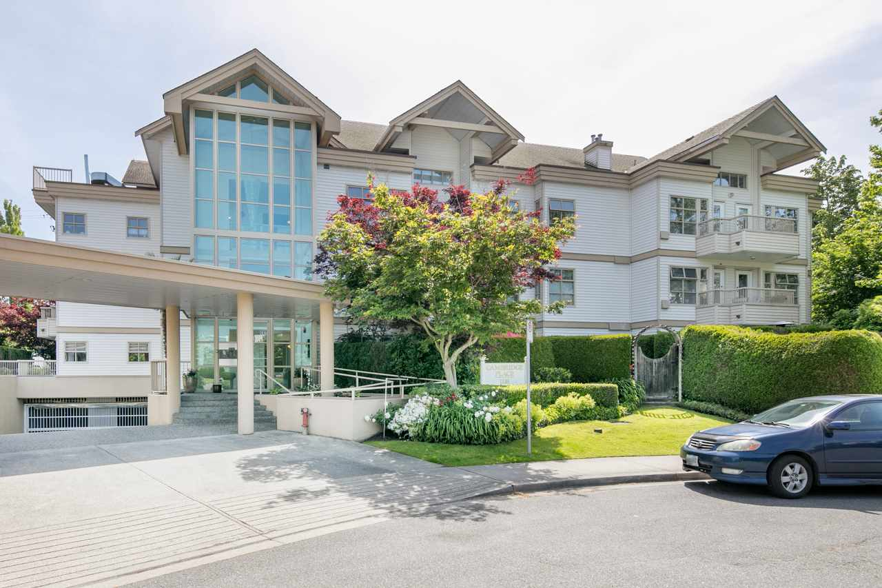 "Main Photo: 202 1118 55 Street in Delta: Tsawwassen Central Condo for sale in ""CAMBRIDGE PLACE"" (Tsawwassen)  : MLS® # R2175508"