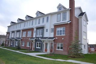 Main Photo: 2 1636 Kerr Road in Edmonton: Zone 27 Townhouse for sale : MLS® # E4088032