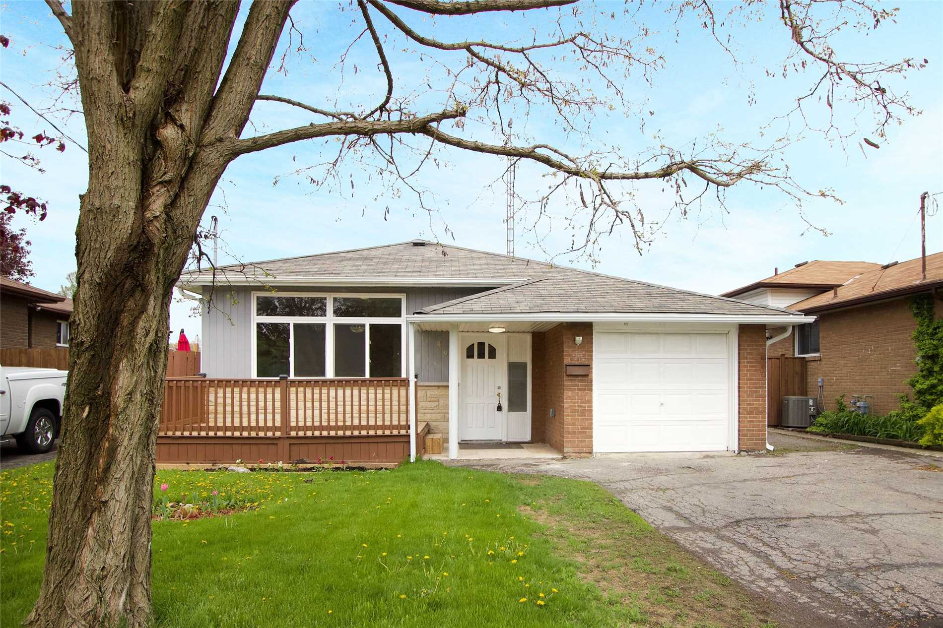 FEATURED LISTING: 499 Wilson Road South Oshawa