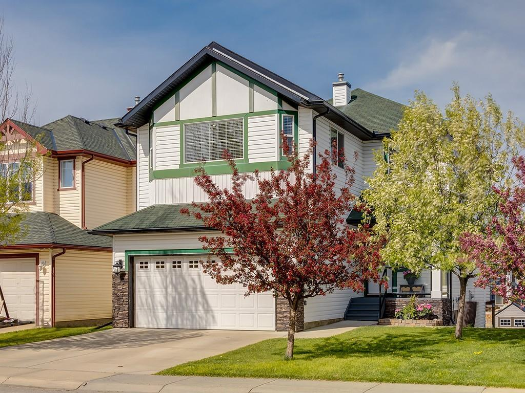 FEATURED LISTING: 140 BAYSIDE Point Southwest Airdrie
