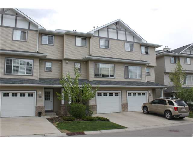 Main Photo: 82 CRYSTAL SHORES Cove: Okotoks Townhouse for sale : MLS® # C3619888