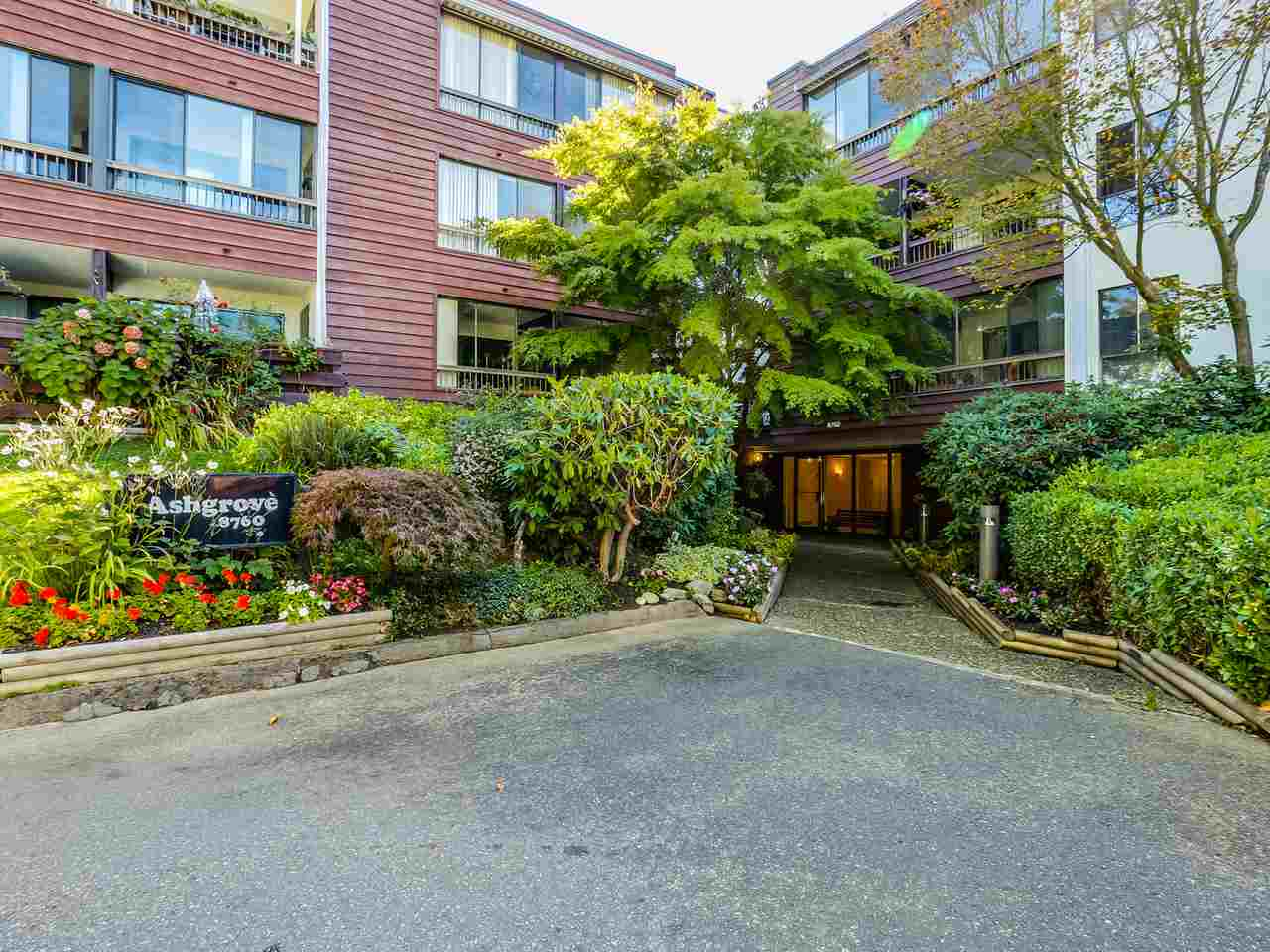 Main Photo: 313 8760 NO. 1 ROAD in : Boyd Park Condo for sale : MLS® # R2004968