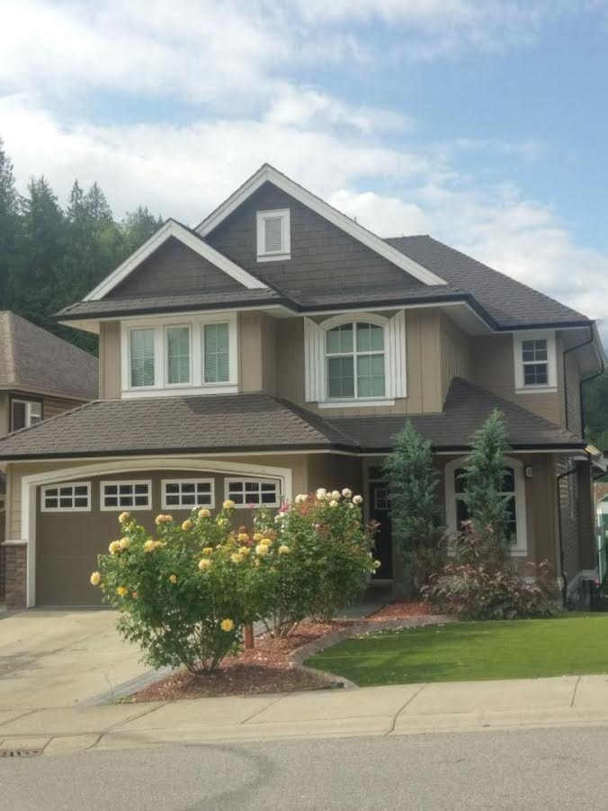 "Main Photo: 45426 ARIEL Place: Cultus Lake House for sale in ""RIVERSTONE HEIGHTS"" : MLS®# R2180342"
