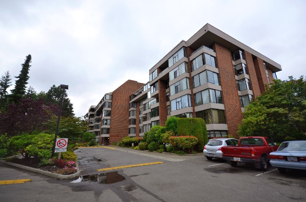 Main Photo: # 414 4101 YEW ST in Vancouver: Quilchena Condo for sale (Vancouver West)  : MLS®# V900822