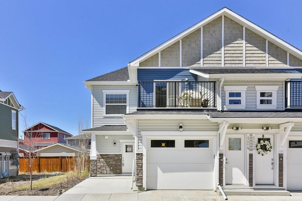 FEATURED LISTING: 104 - 115 SAGEWOOD Drive Southwest Airdrie