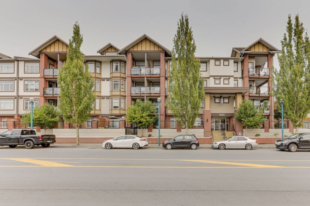 FEATURED LISTING: 440 - 5660 201A Street Langley