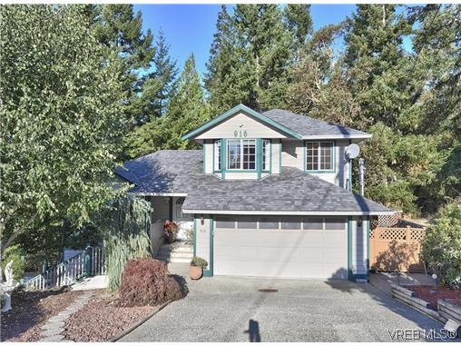 Main Photo: 916 Columbus Place in VICTORIA: La Walfred Residential for sale (Langford)  : MLS® # 315052