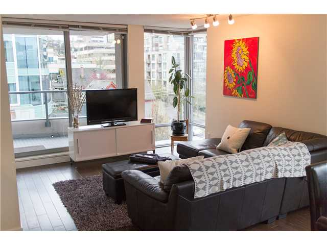 "Photo 2: 605 587 W 7TH Avenue in Vancouver: Fairview VW Condo for sale in ""THE AFFINITY"" (Vancouver West)  : MLS® # V1117685"