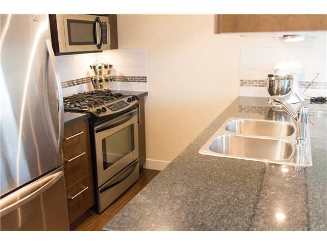 "Photo 4: 605 587 W 7TH Avenue in Vancouver: Fairview VW Condo for sale in ""THE AFFINITY"" (Vancouver West)  : MLS® # V1117685"