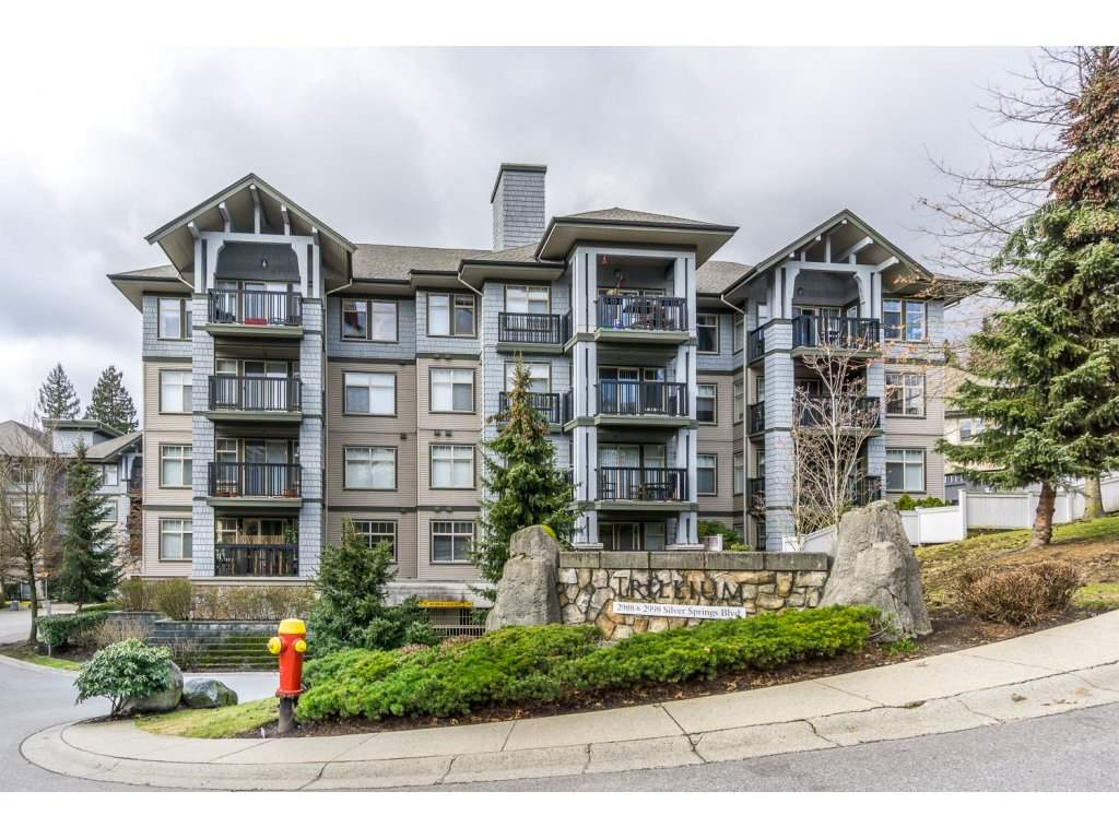 "Main Photo: 302 2988 SILVER SPRINGS Boulevard in Coquitlam: Westwood Plateau Condo for sale in ""TRILLIUM"" : MLS®# R2140342"