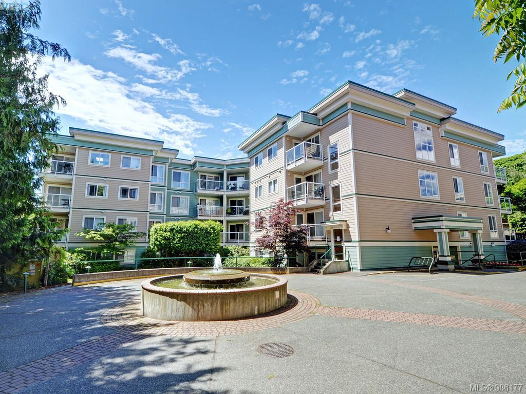 Main Photo: 206 649 Bay Street in VICTORIA: Vi Downtown Condo Apartment for sale (Victoria)  : MLS®# 386177