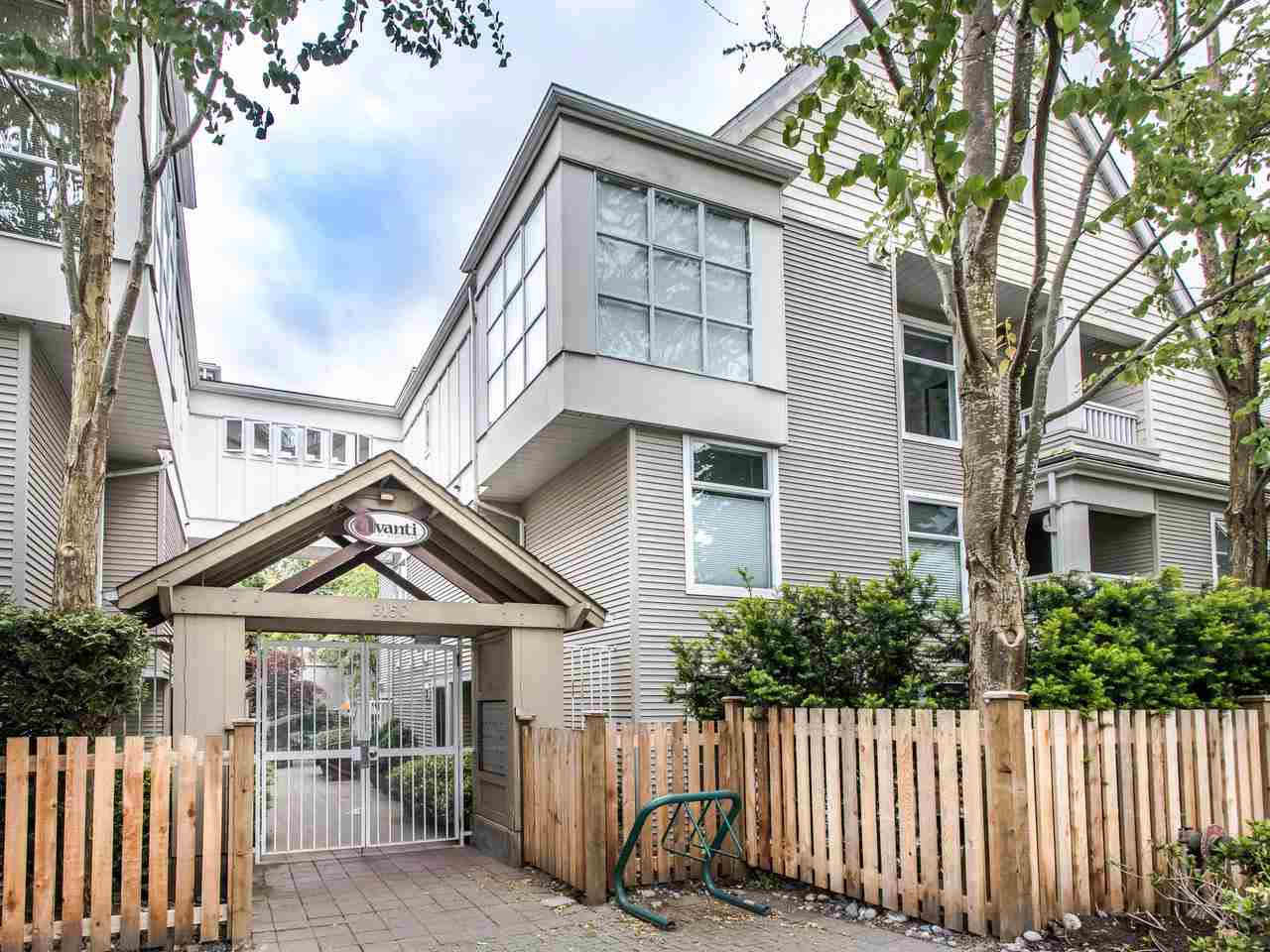 FEATURED LISTING: 310 - 3150 4TH Avenue West Vancouver