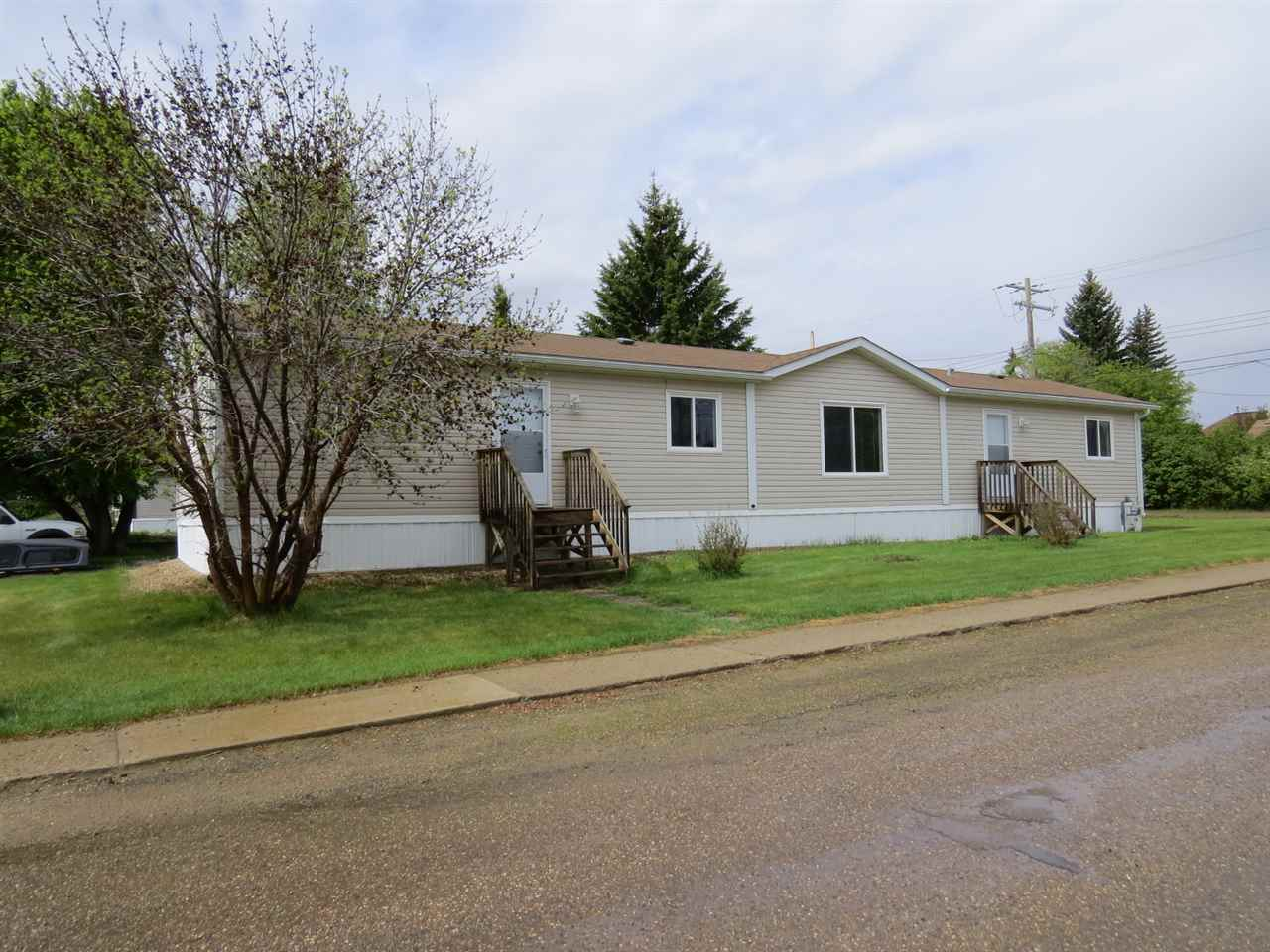 FEATURED LISTING: 5040 47 Street Hardisty