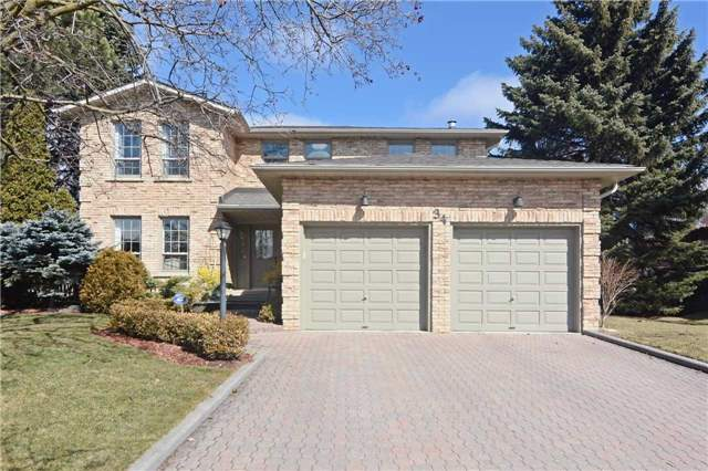 Main Photo: 34 Standish Crest in Markham: Sherwood-Amberglen House (2-Storey) for sale : MLS® # N3466628