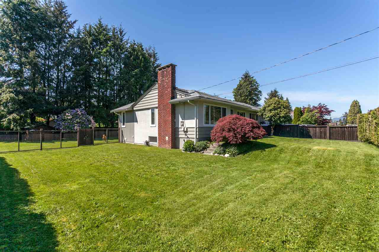 FEATURED LISTING: 12095 220 Street Maple Ridge