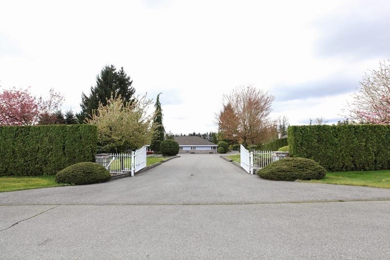 FEATURED LISTING: 21512 78 Avenue Langley