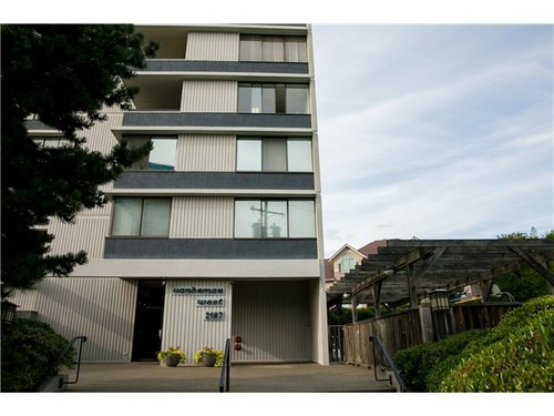 FEATURED LISTING: 501 - 2167 BELLEVUE Ave West Vancouver