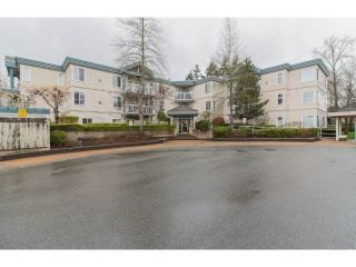 "Main Photo: 102 10675 138A Street in Surrey: Whalley Condo for sale in ""Crestview Gardens"" (North Surrey)  : MLS® # R2257038"