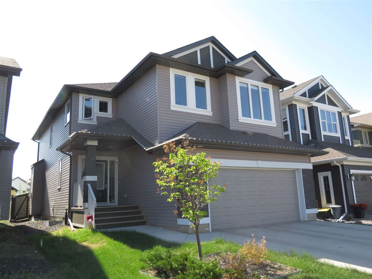 Main Photo: 3707 WESTCLIFF Way SW in Edmonton: Zone 56 House for sale : MLS®# E4112354