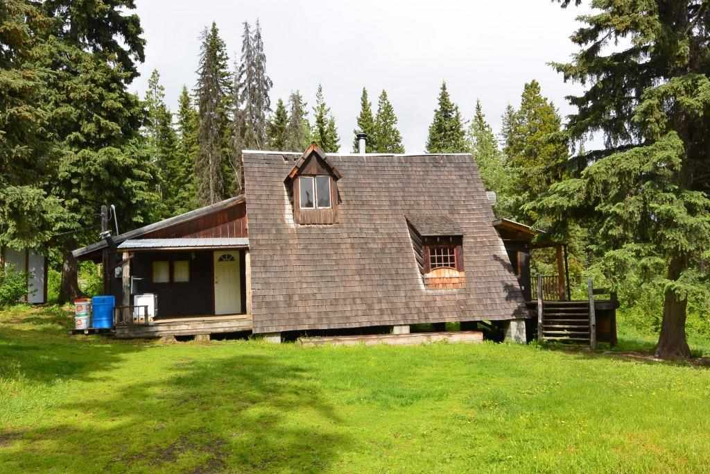 "Main Photo: 28062 WALCOTT QUICK Road in Smithers: Smithers - Rural House for sale in ""GRANTHAM AREA"" (Smithers And Area (Zone 54))  : MLS®# R2281302"