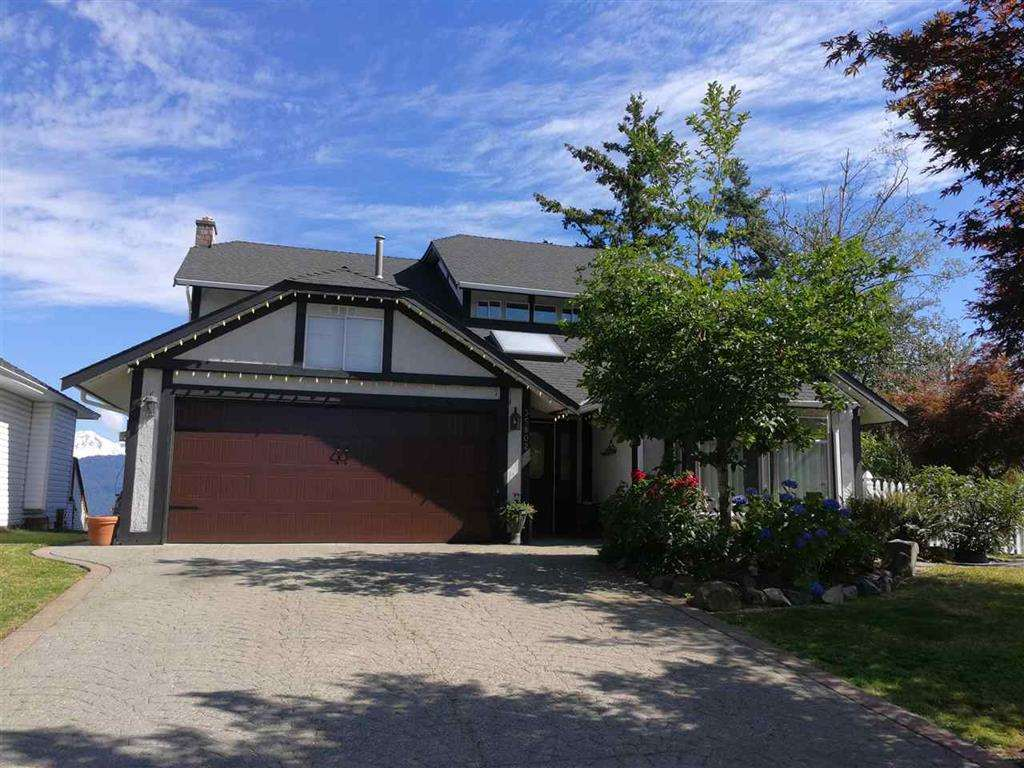 Main Photo: 35802 EAGLECREST Drive in Abbotsford: Abbotsford East House for sale : MLS®# R2293414