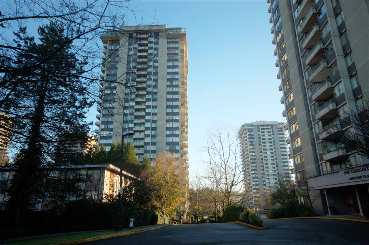 FEATURED LISTING: 204 3970 CARRIGAN Court Burnaby