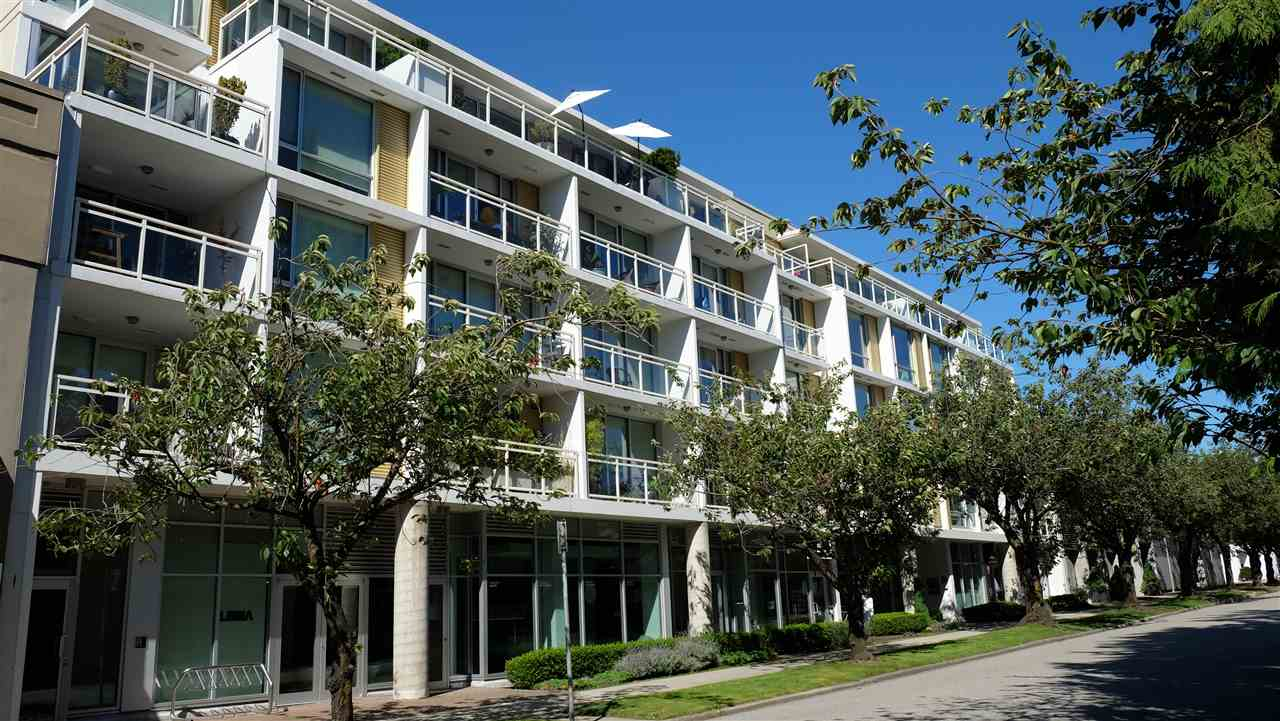 FEATURED LISTING: 416 - 1635 3RD Avenue West Vancouver