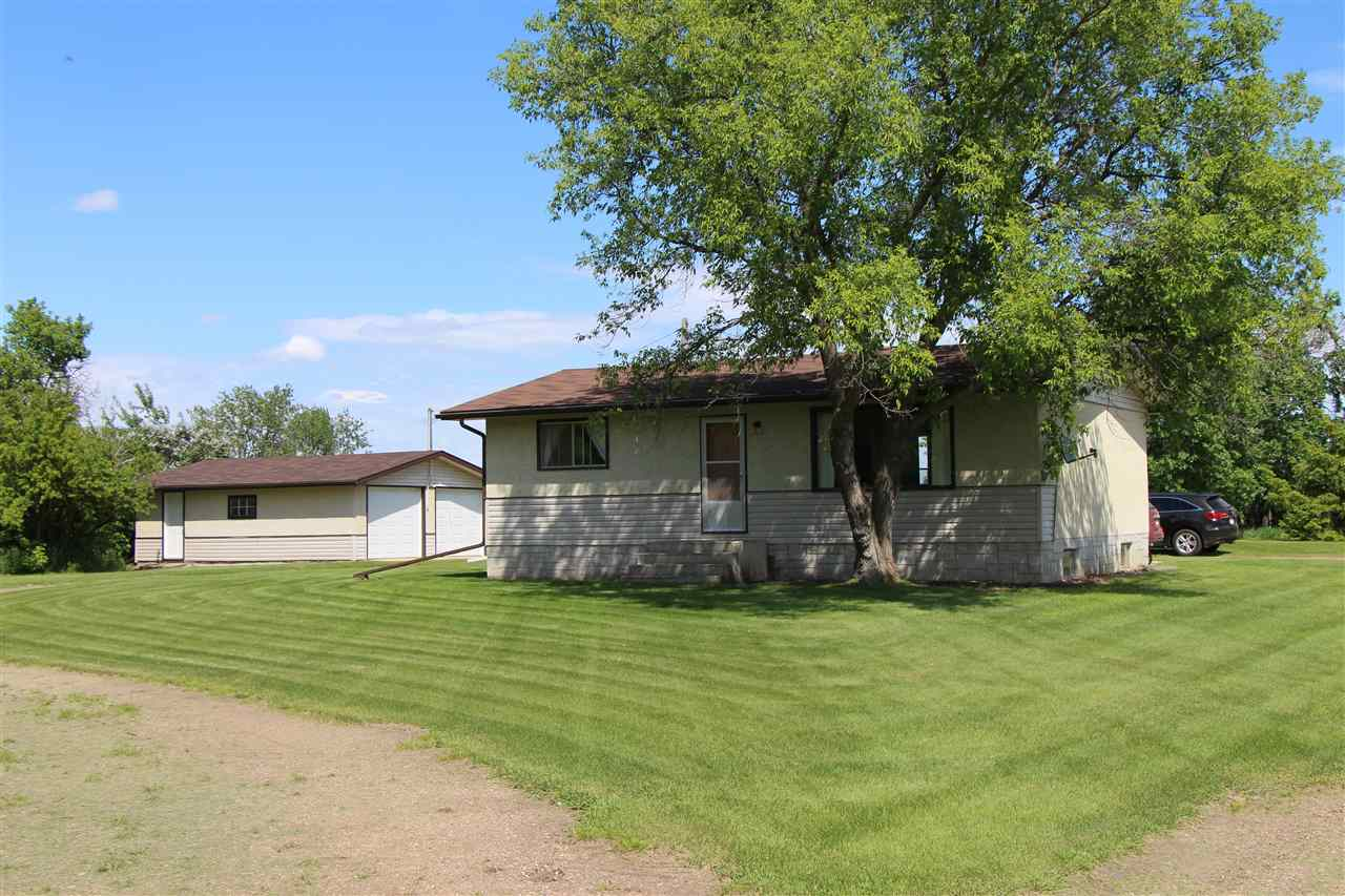 FEATURED LISTING: 555077 RR162 Rural Lamont County
