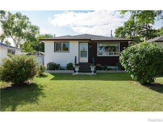 Main Photo: 3 Frontenac Bay in Winnipeg: Windsor Park Residential for sale (2G)  : MLS® # 1623406