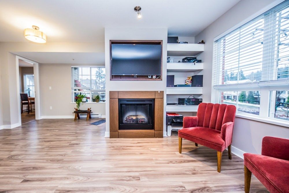 FEATURED LISTING: 308 - 2940 KING GEORGE Boulevard Surrey