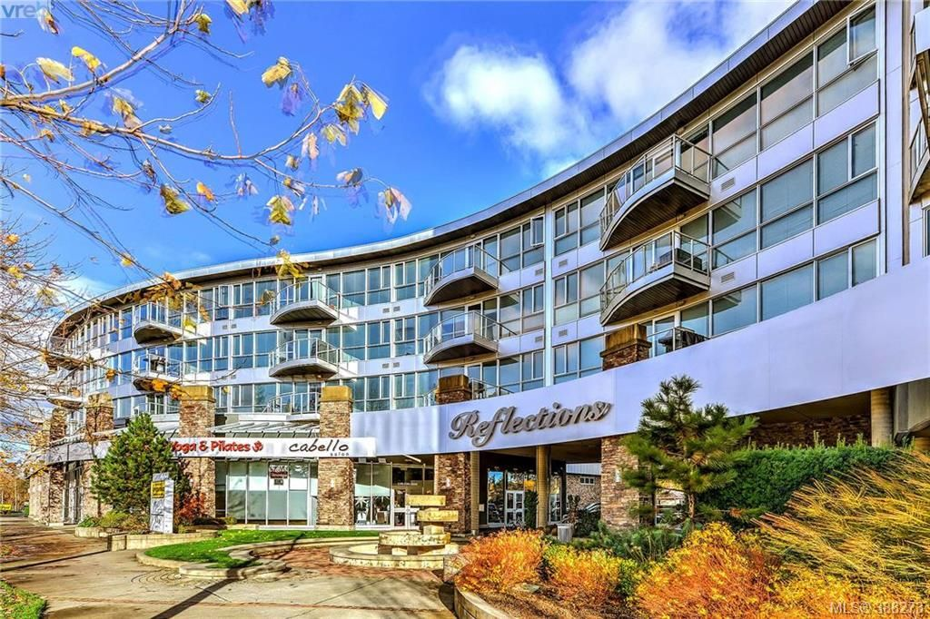FEATURED LISTING: 424 - 2745 Veterans Memorial Parkway VICTORIA