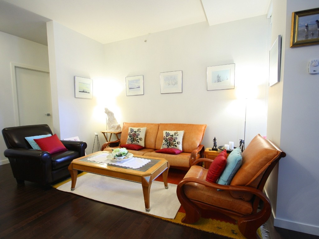 "Main Photo: 206 6093 IONA Drive in Vancouver: University VW Condo for sale in ""COAST"" (Vancouver West)  : MLS®# V976969"