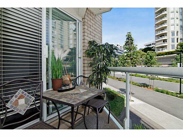 "Photo 7: 3111 33 CHESTERFIELD Place in NORTH VANC: Lower Lonsdale Condo for sale in ""Harbourview Park"" (North Vancouver)  : MLS(r) # V1134288"