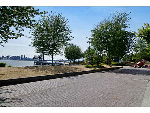 "Photo 15: 3111 33 CHESTERFIELD Place in NORTH VANC: Lower Lonsdale Condo for sale in ""Harbourview Park"" (North Vancouver)  : MLS(r) # V1134288"