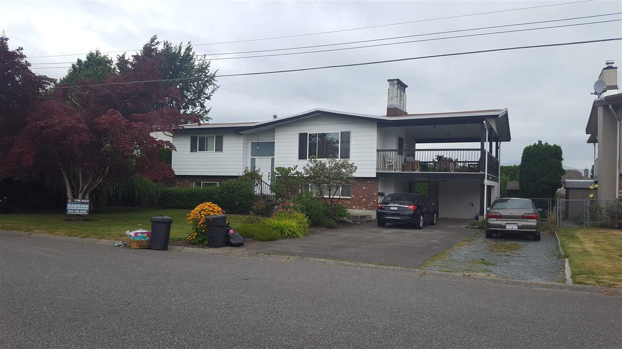 Main Photo: 46695 TETON Avenue in Chilliwack: Fairfield Island House for sale : MLS® # R2099243