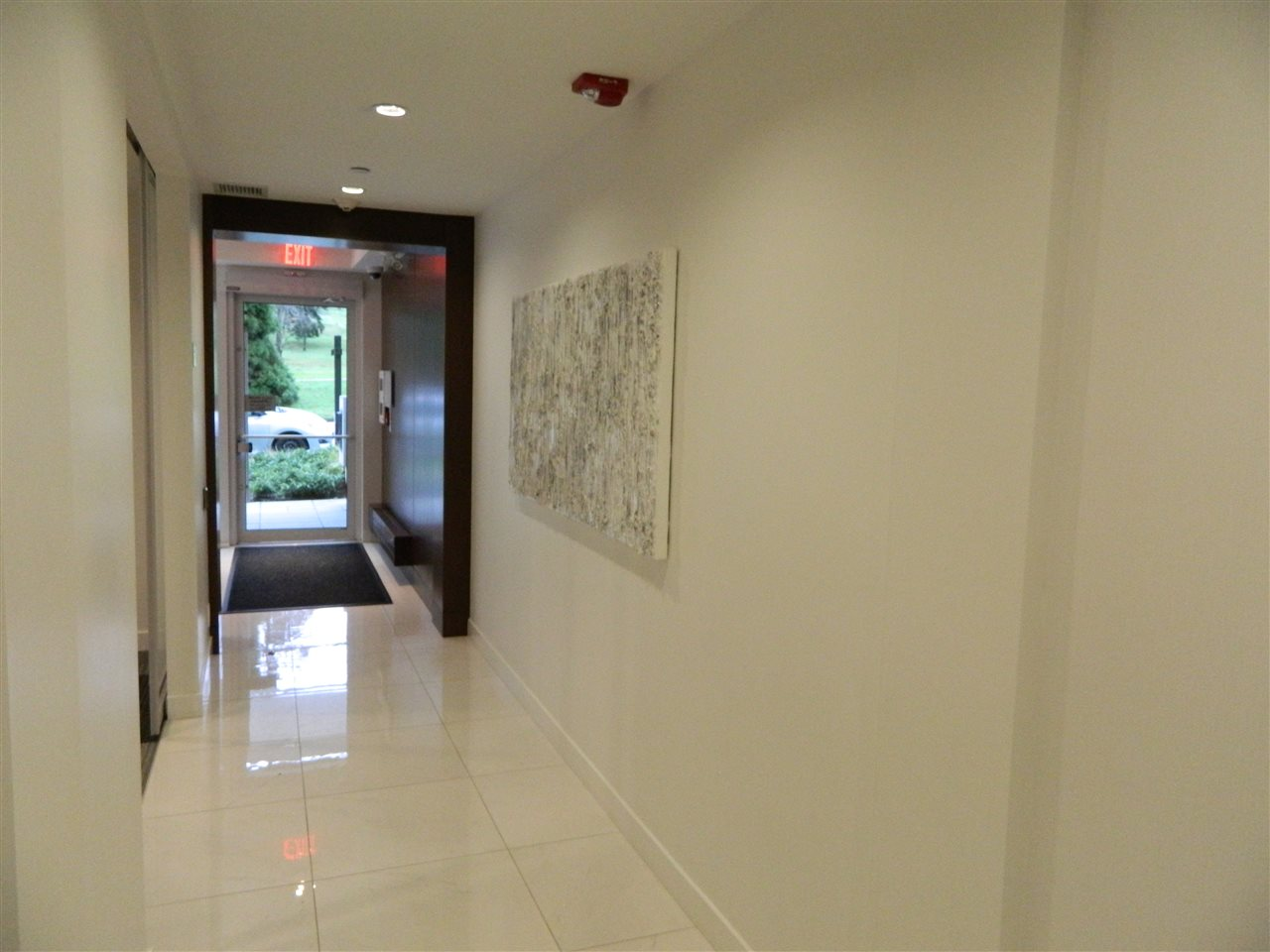 Lobby Entry Hall Way