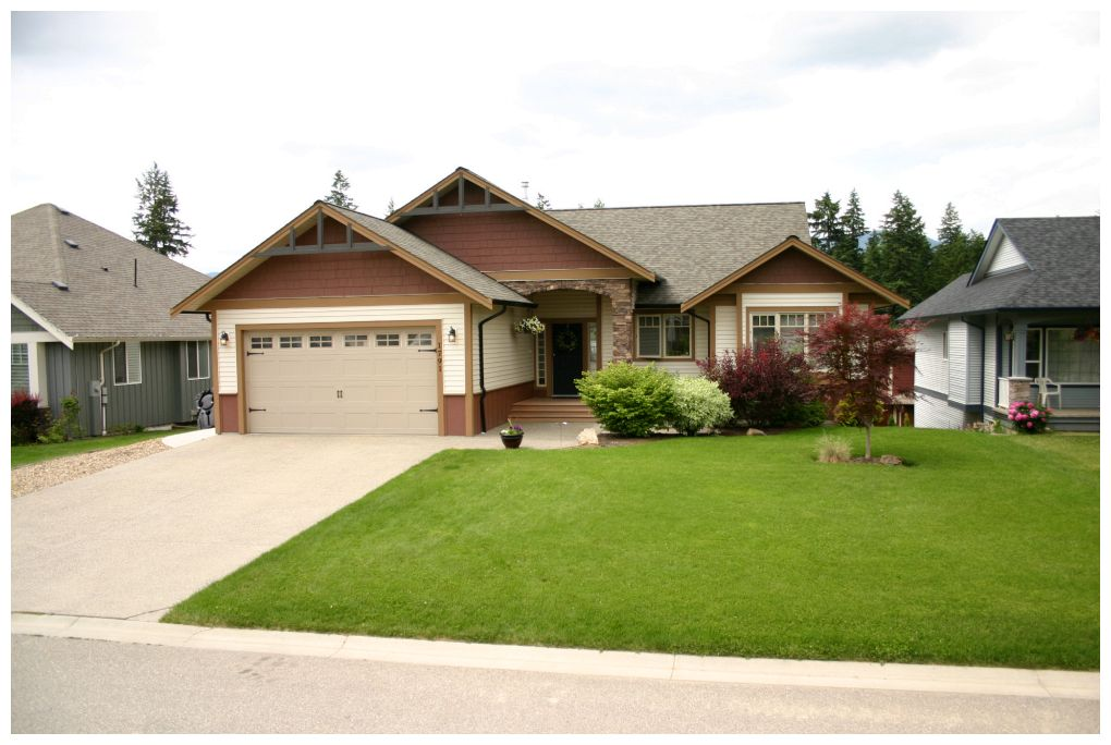 Main Photo: 1791 Northeast 23 Street in Salmon Arm: Lakeview Meadows House for sale : MLS® # 10066520
