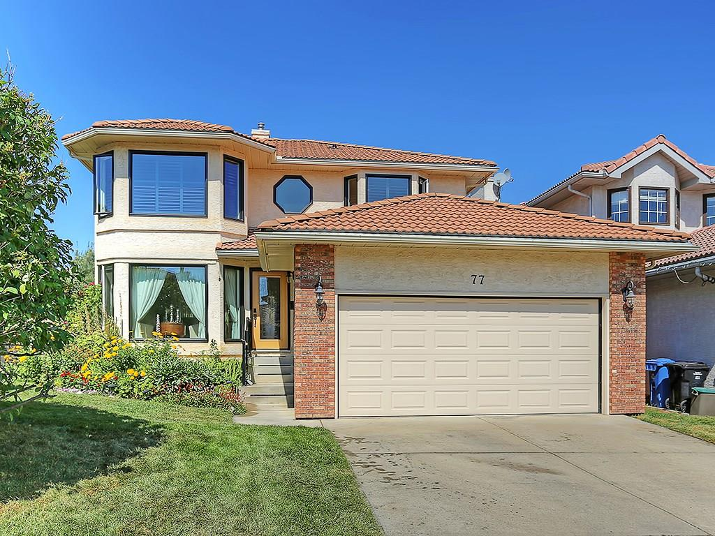 Main Photo:  in Calgary: Signal Hill House for sale : MLS® # C4134623