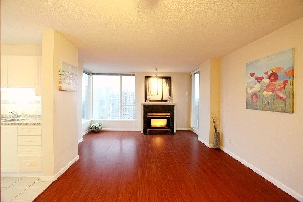 "Main Photo: 1403 7077 BERESFORD Street in Burnaby: Highgate Condo for sale in ""CITY CLUB"" (Burnaby South)  : MLS® # R2233583"