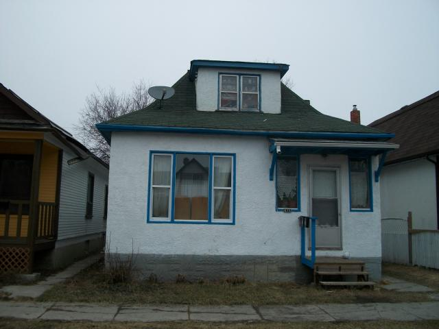 FEATURED LISTING: 675 ALFRED Avenue WINNIPEG