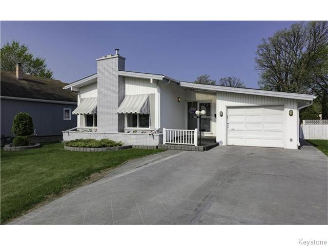 Main Photo: 420 Wallasey Street in Winnipeg: St James Residential for sale (West Winnipeg)  : MLS® # 1613222