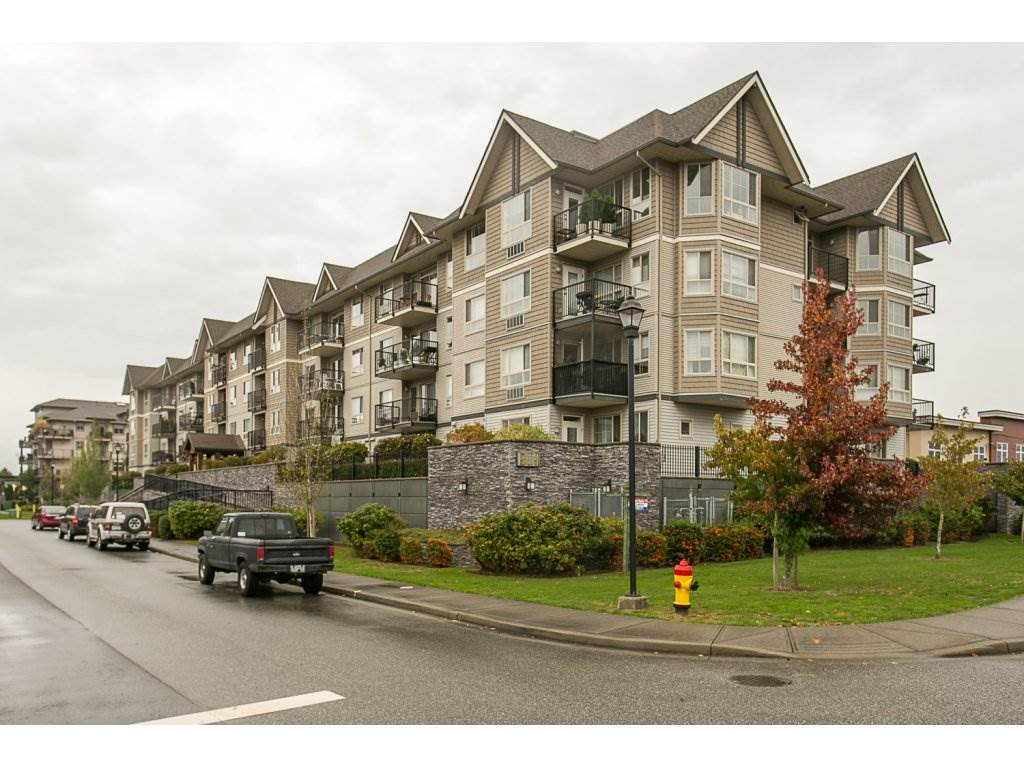 "Main Photo: 110 9000 BIRCH Street in Chilliwack: Chilliwack W Young-Well Condo for sale in ""BIRCH STREET PROPERTIES"" : MLS®# R2111471"