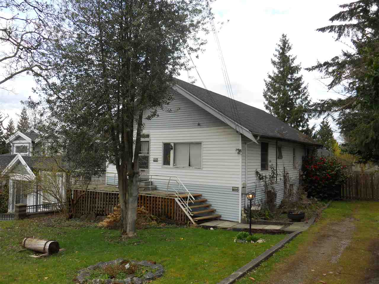 FEATURED LISTING: 6026 DENBIGH Avenue Burnaby