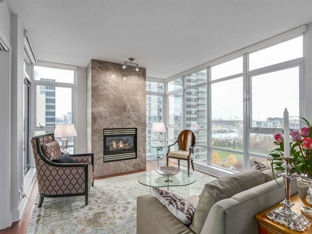 "Main Photo: 1506 1483 HOMER Street in Vancouver: Yaletown Condo for sale in ""THE WATERFORD"" (Vancouver West)  : MLS® # R2232330"