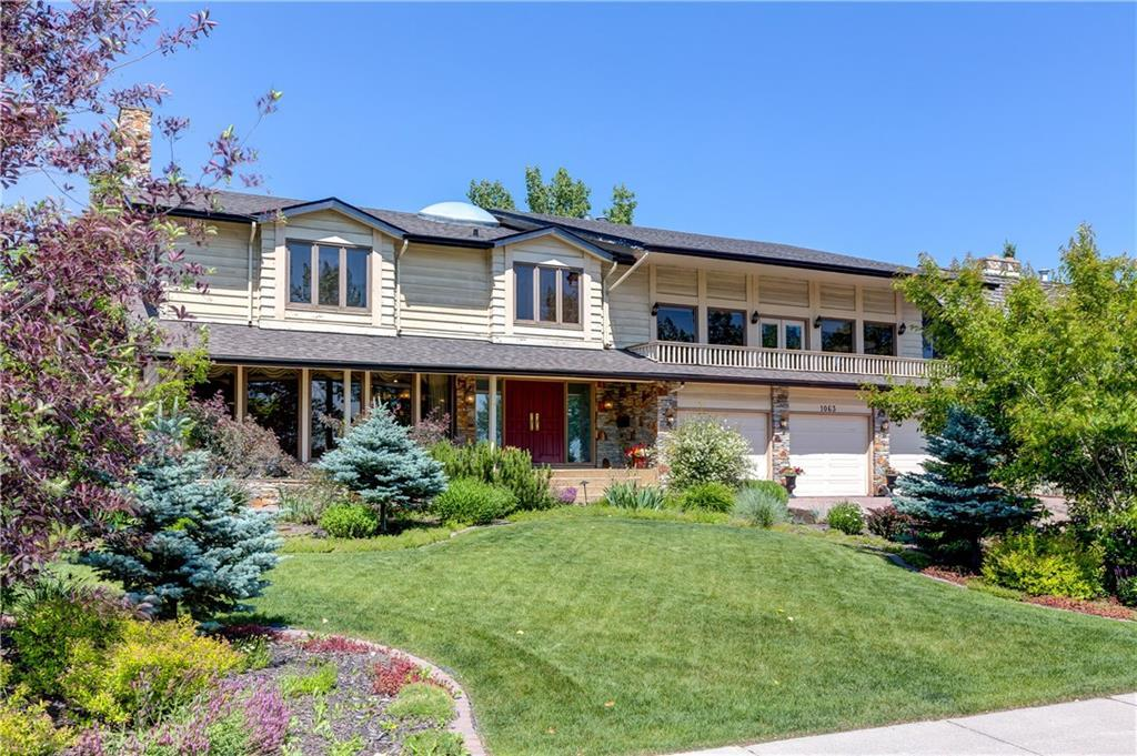 FEATURED LISTING: 1063 LAKE PLACID Drive Southeast Calgary