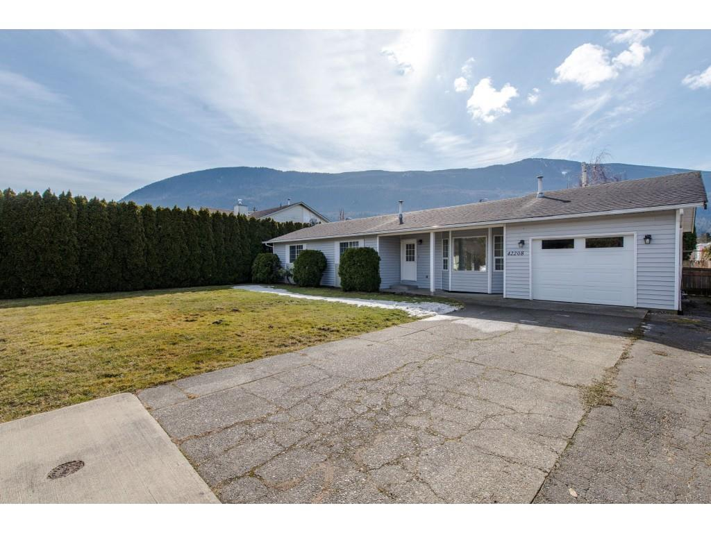 FEATURED LISTING: 42208 CORONA Avenue Yarrow