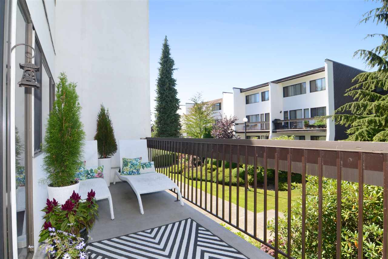 FEATURED LISTING: 5 7361 MONTECITO Drive Burnaby